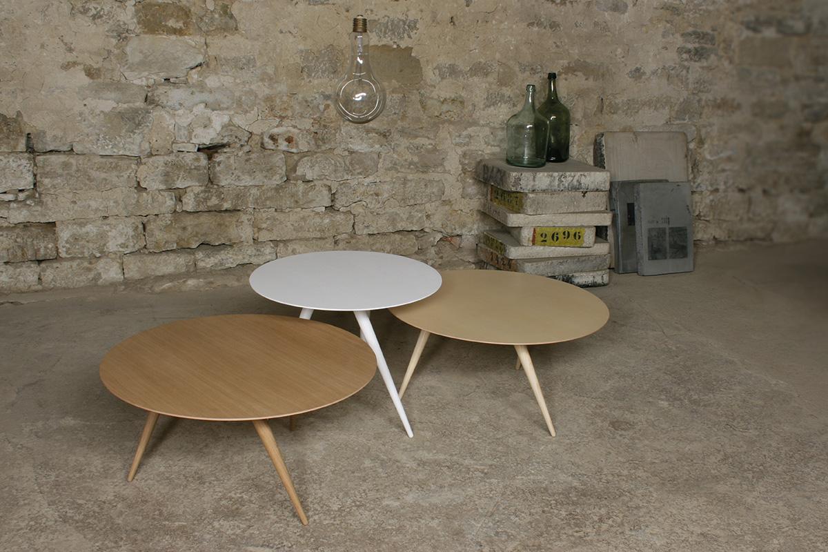 Необычный журнальный столик с современным дизайном, фото столика Turn